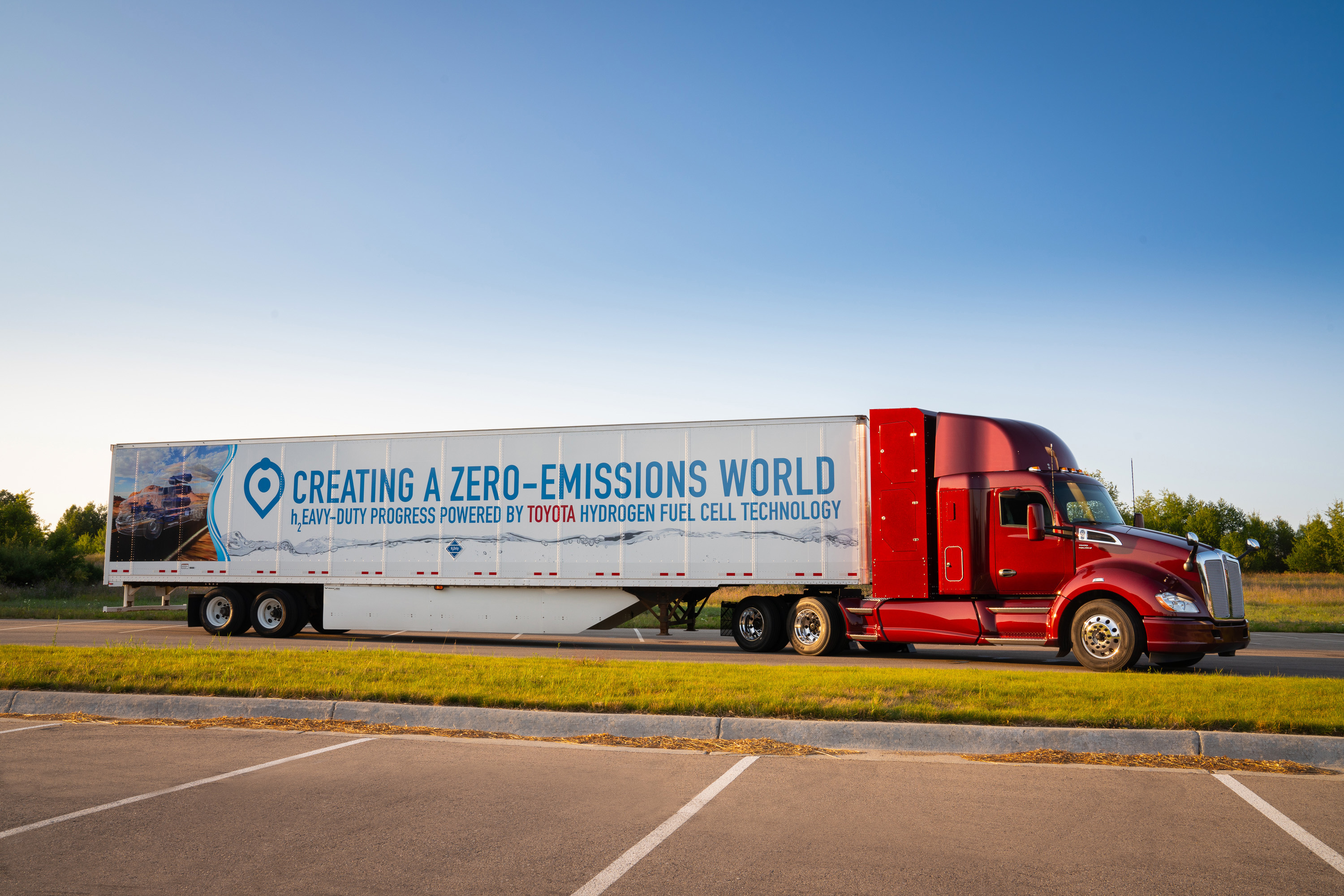 Kenworth truck with Toyota fuel cell
